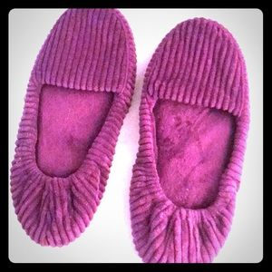 Shoes - NWOT Purple Slippers!